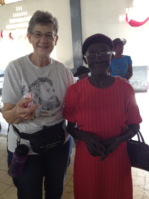After the Haitians received their prescription, the team helped them choose a pair of glasses they liked.